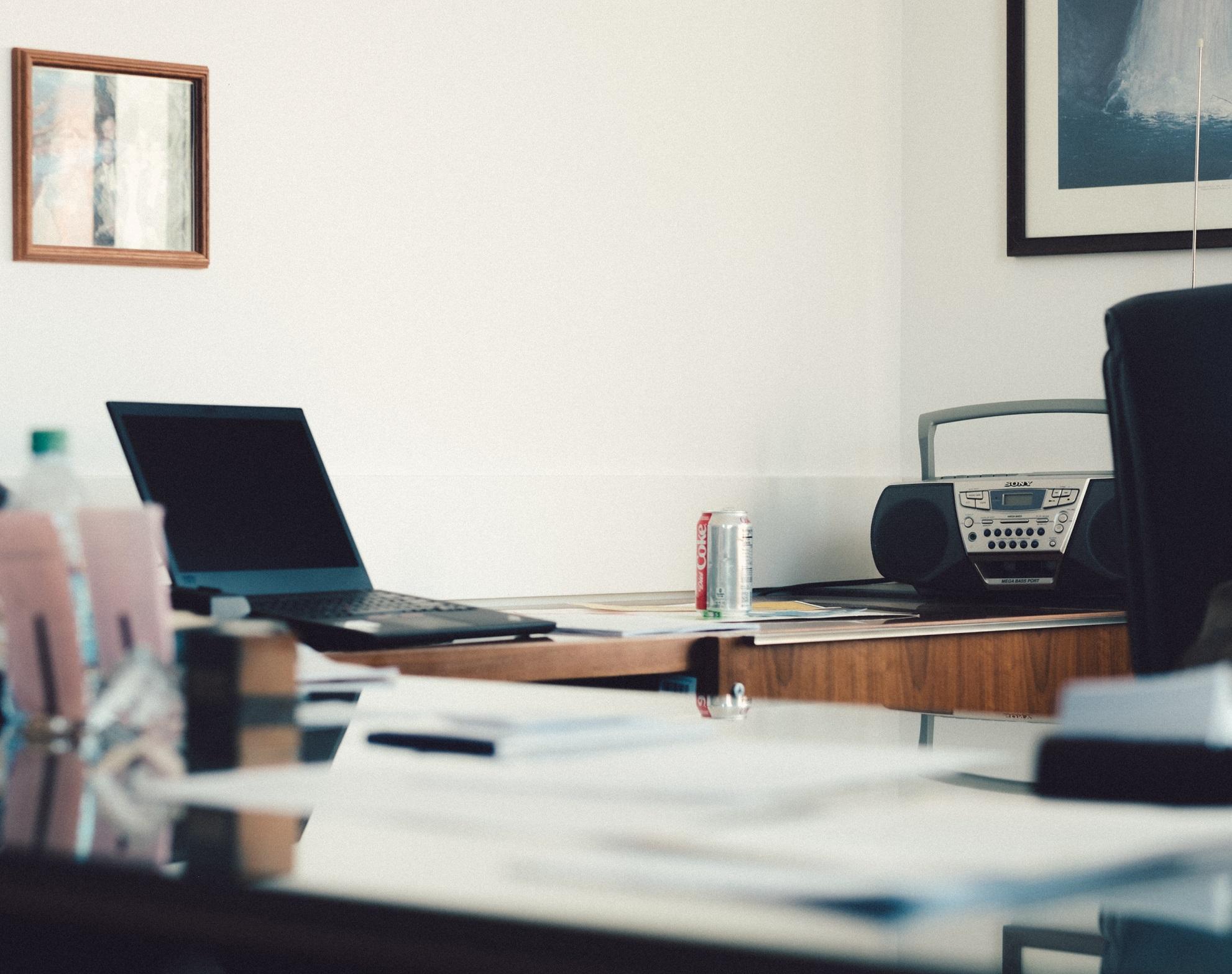 Mniejsze firmy IT – zalety pracy w nie-korporacji